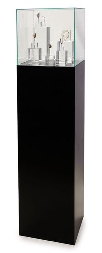 Complete set Free standing pedestal small, black with Presentation display big incl.content 5er Set