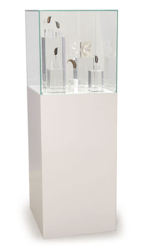 Complete set Free standing pedestal small, white with Presentation display big incl.content 5er Set